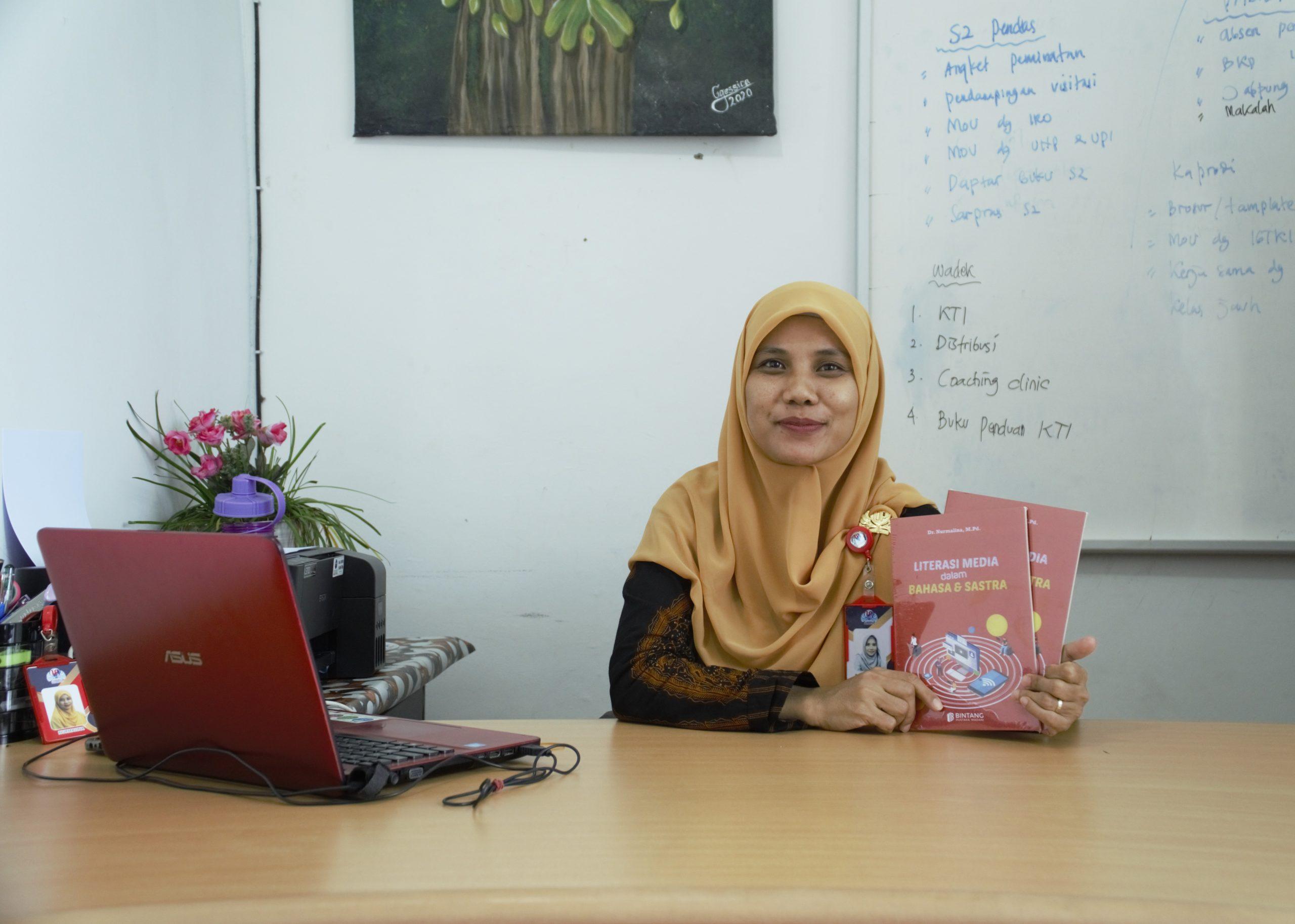 Menjawab Tantangan Era Digital, Dekan FIP UP Tulis Buku Tentang Literasi media